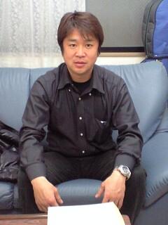 081209_1422~馬渕さん.jpg