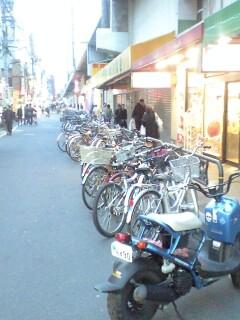 090222_1722~綾瀬駅横.jpg