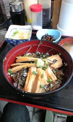 090504_1148~煮穴子丼.jpg