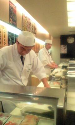 090628_1931~魚がし日本一店内.jpg