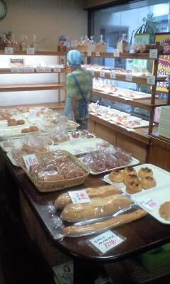 090709_1738~リオのパン中.jpg