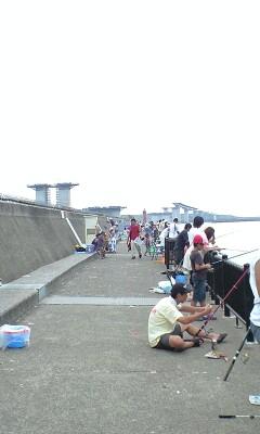 090823_1354~海釣り場�A.jpg