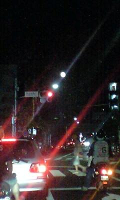 090906_1914~信号街灯満月.jpg