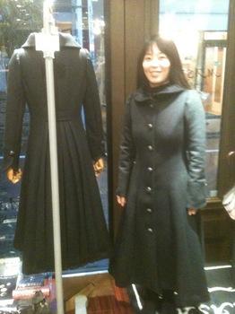 人気のコート.JPG