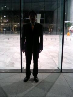 ワールド青山ビル前にて�A.jpg