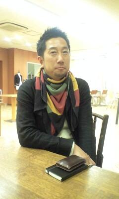 091210_1833~秋山さん.jpg