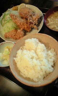 100210_2109~ミックスフライ定食.jpg